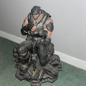 Gears of War 3 Collector's Edition PVC Statue Marcus Fenix for Sale in Bowie, MD