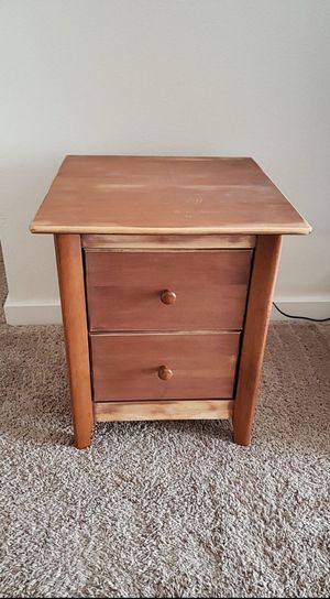 rustic look side table for Sale in Lynnwood, WA