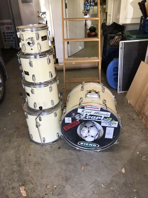 5 piece Pearl export series drum set early 90's for Sale in Los Angeles, CA
