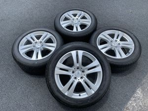 NEW MERCEDES S400 WHEELS AND TIRES for Sale in North Miami, FL