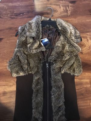Brand New Woman's Ashley Premium brand Fur Vest for Sale in Lakewood, WA