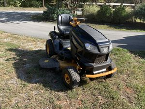 Craftsman Pro Series Lawn Mower for Sale in Lynchburg, VA