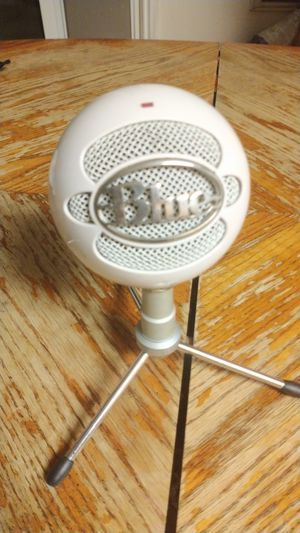 Snowball ice blue microphone for Sale in Antioch, CA