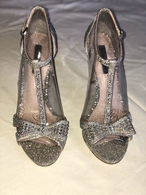 INC Silver Evening Heels w/Bow Size 9 for Sale in Delray Beach, FL