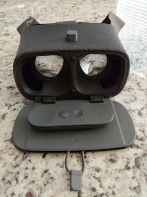Google Daydream VR Headset for Sale in Tampa, FL