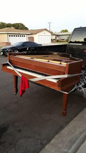Gran piano $$ 300 for Sale in Anaheim, CA