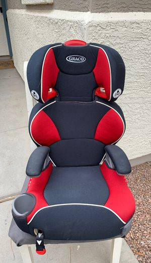 Graco toddler booster car seat for Sale in Gilbert, AZ