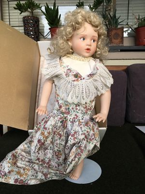 Hamilton heritage doll for Sale in Los Angeles, CA
