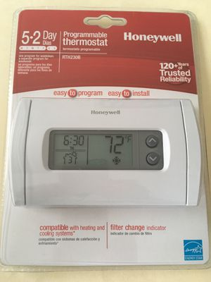 Honeywell RTH230B programmable thermostat for Sale in Rockville, MD