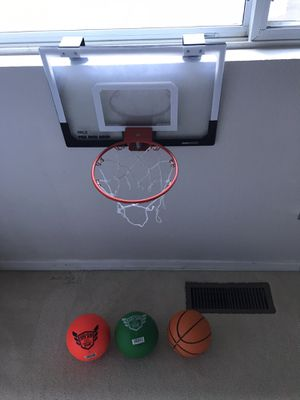 Basketball hoop and 3balls for Sale in Issaquah, WA