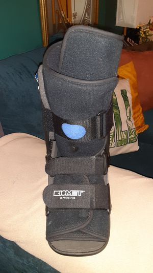 New ( not in package) Biotech Bracing Boot for Sale in Holts Summit, MO