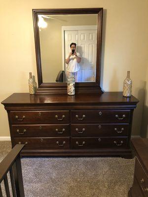 BASSET 7 piece queen bedroom set. Excellent condition. for Sale in Virginia Beach, VA