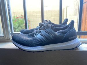 Adidas ultra boost black and white for Sale in Avondale, AZ