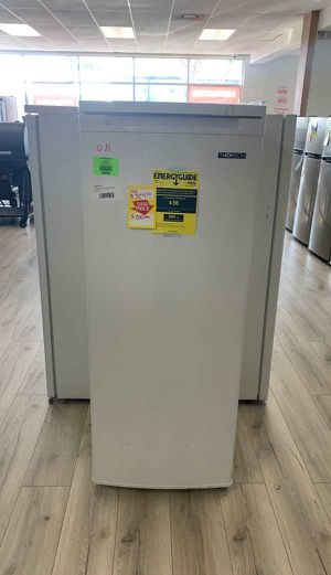 NEW THOMSON TFRF690 STAND UP FREEZER POQ for Sale in Whittier, CA