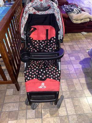 Stroller car seat set for Sale in Apple Valley, CA