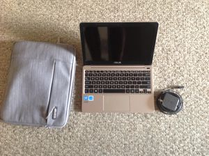 Asus notebook E200H mint condition with a case for Sale in Golden Oak, FL