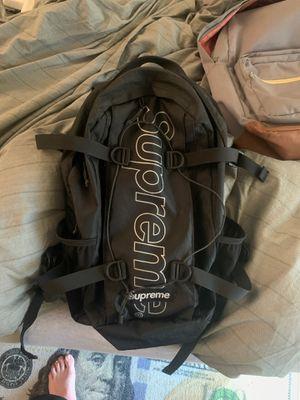 Supreme bag good condition for Sale in Fresno, CA