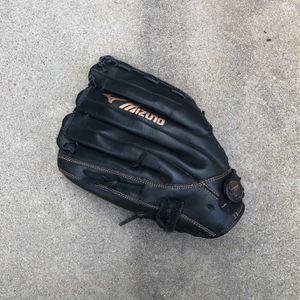 Mizuno Baseball Glove for Sale in Los Angeles, CA