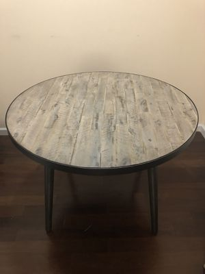 Union Rustic dining table for Sale in MIDDLE CITY EAST, PA