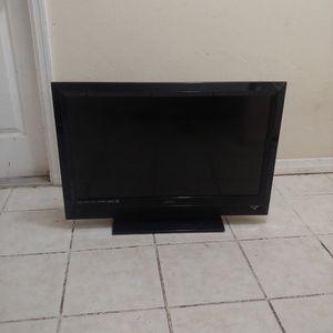 "Vizio 32"" LCD TV for Sale in Lehigh Acres, FL"
