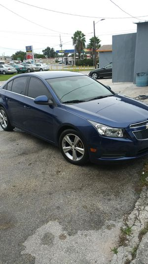 2012 chevy cruze LT !! 144k miles!! Runs perfect amazing on gas!! Selling for a low price! for Sale in Orlando, FL