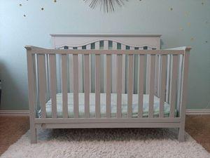 Gray baby crib for Sale in Austin, TX
