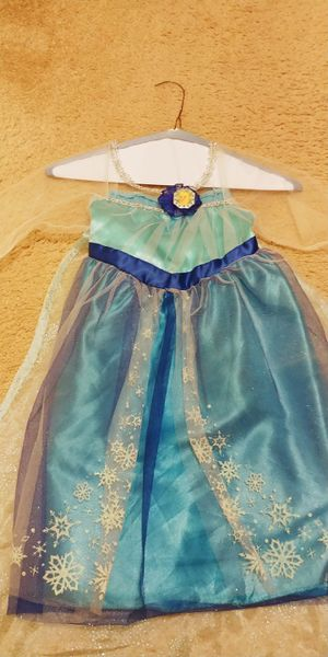 Halloween costume - Princess Elsa size 4 to 7 for Sale in Andover, MA