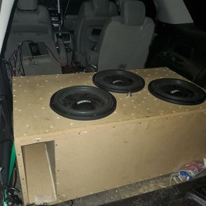 3 sundown sa 12s in ported box tuned to 31hz for Sale in Hookerton, NC