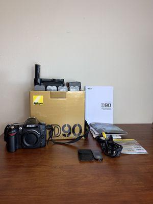 Nikon D90 Digital SLR Camera W/4 Batteries for Sale in Everett, WA