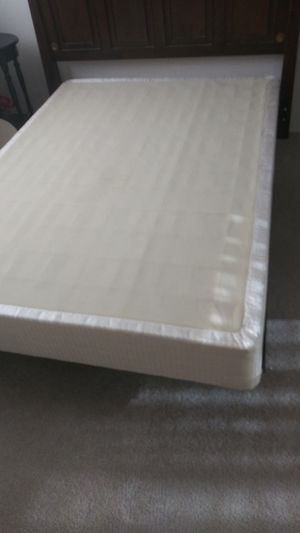 Full size mattress and box spring. Serta brand. Over 10 years old but in good condition. FREE for Sale in Whittier, CA