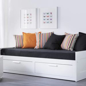 Sofá Day Bed Three Size Twin Full Queen with Drawers . (Cama se hace de 3 Tamaños) for Sale in San Lorenzo, CA
