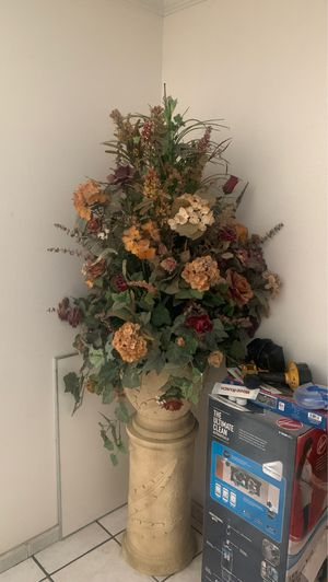 Artificial Flower arrangement for Sale in Rowland Heights, CA