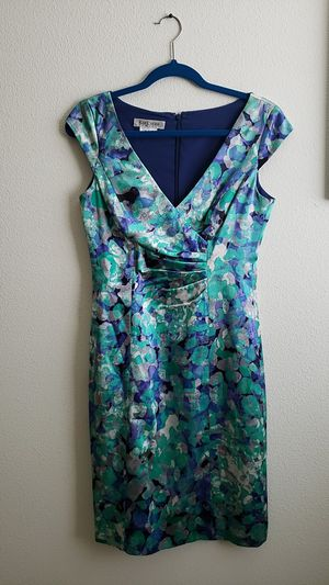 Kay Unger New York Dress Size 4 for Sale in Vancouver, WA