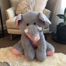 Large Stuffed Elephant for Sale in Oregon City,  OR