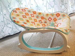 sale of goood condition rocking chair for baby look like new for Sale in Herndon, VA