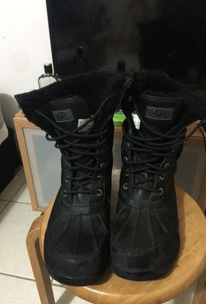 High top ugg boots for men for Sale in Staten Island, NY