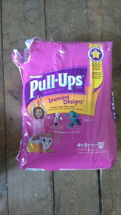Huggies pull ups, 4t-5t, girls 42 pack for Sale in Upper Darby,  PA