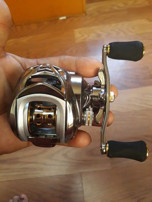 Soygayilang fishing rod and reel for Sale in Los Angeles, CA