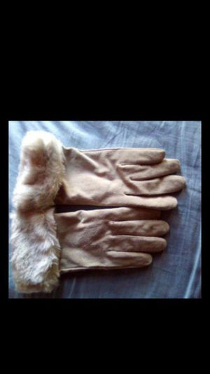 Wilson's Leather Gloves for Sale in Vallejo, CA
