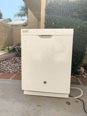 FREE DISHWASHER ( WORKS, just got a new one ) for Sale in Laguna Hills, CA