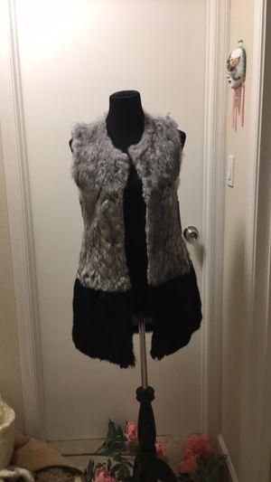 Love token NWT rabbit fur vest size small for Sale in Richmond, CA