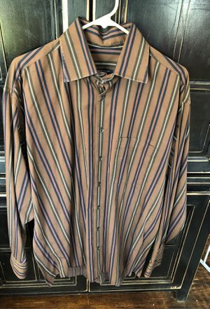 BURBERRY SIZE L MENS LONG SLEEVE for Sale in Elmhurst, IL