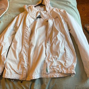 Women's White North Face Hyvent for Sale in Aberdeen, WA
