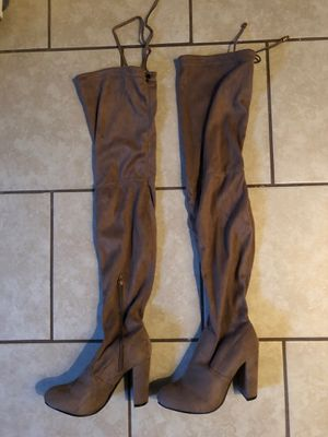 Thigh high boots, Never used size 7 1/2 for Sale in Baldwin Park, CA