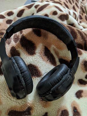 Bluetooth headphones for Sale in Lilburn, GA