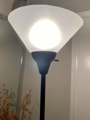 """CHEAPER THAN WALLMART AND WITH FREE BULB !!! 71"""" Tall Metal Pole Pedestal Working Torchiere Floor Standing Lamp for Sale in Chapel Hill, NC"""