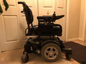 Quantum 600 power wheelchair for Sale in Oak Grove, MN