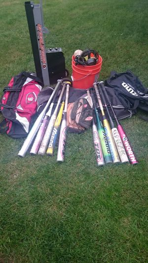 SOFTBALL BATS, BALLS, GLOVES, PITCHING MACHINE, BAGS, ETC. for Sale in Des Moines, WA