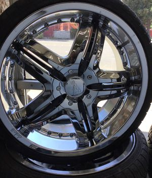 """18inch chrome rims with black accents, tires are like new with 85% tread 215/35/r18 """" 4 LUG UNIVERSAL"""" for Sale in Hayward, CA"""