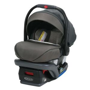 New Graco SnugRide SnugLock 35 Platinum XT Infant Car Seat, Bryant Gray for Sale in Bakersfield, CA
